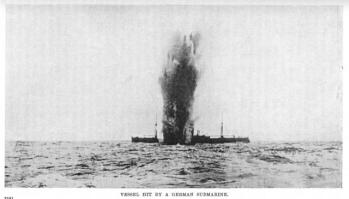 torpedoed-merchant-ship-ww1.jpg