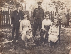 Family photo - February 1916 (Donald , Isabella - Wife , Harriet , James , Eliza , Janet , James jr)